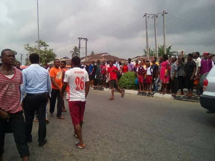 Pictures: Angry Mob Apprehend Scammer, Set Ablaze His Tricycle armi1 700x525