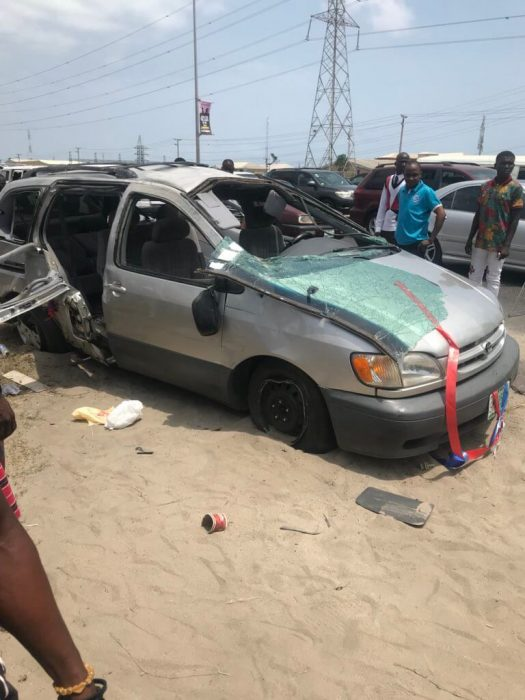 Groomsman Dies After Newly Wedded Couple's Car Tumbles Thrice In Lagos. (Photos) grooms 0 525x700