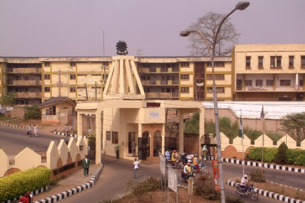 Confusion as cultists take over Ibadan poly, injure students Ibadan poly